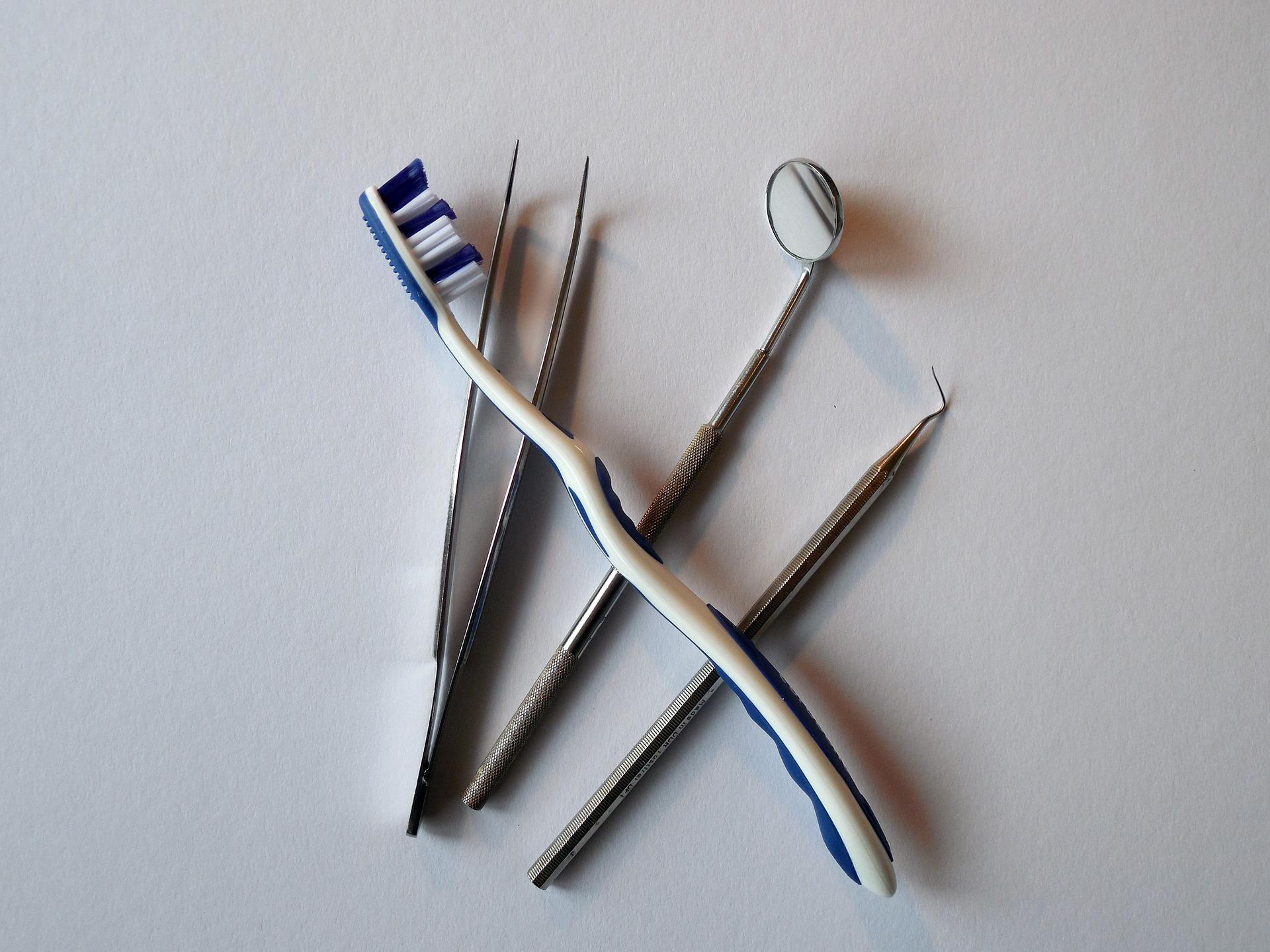 uma má higiene oral pode causar problemas